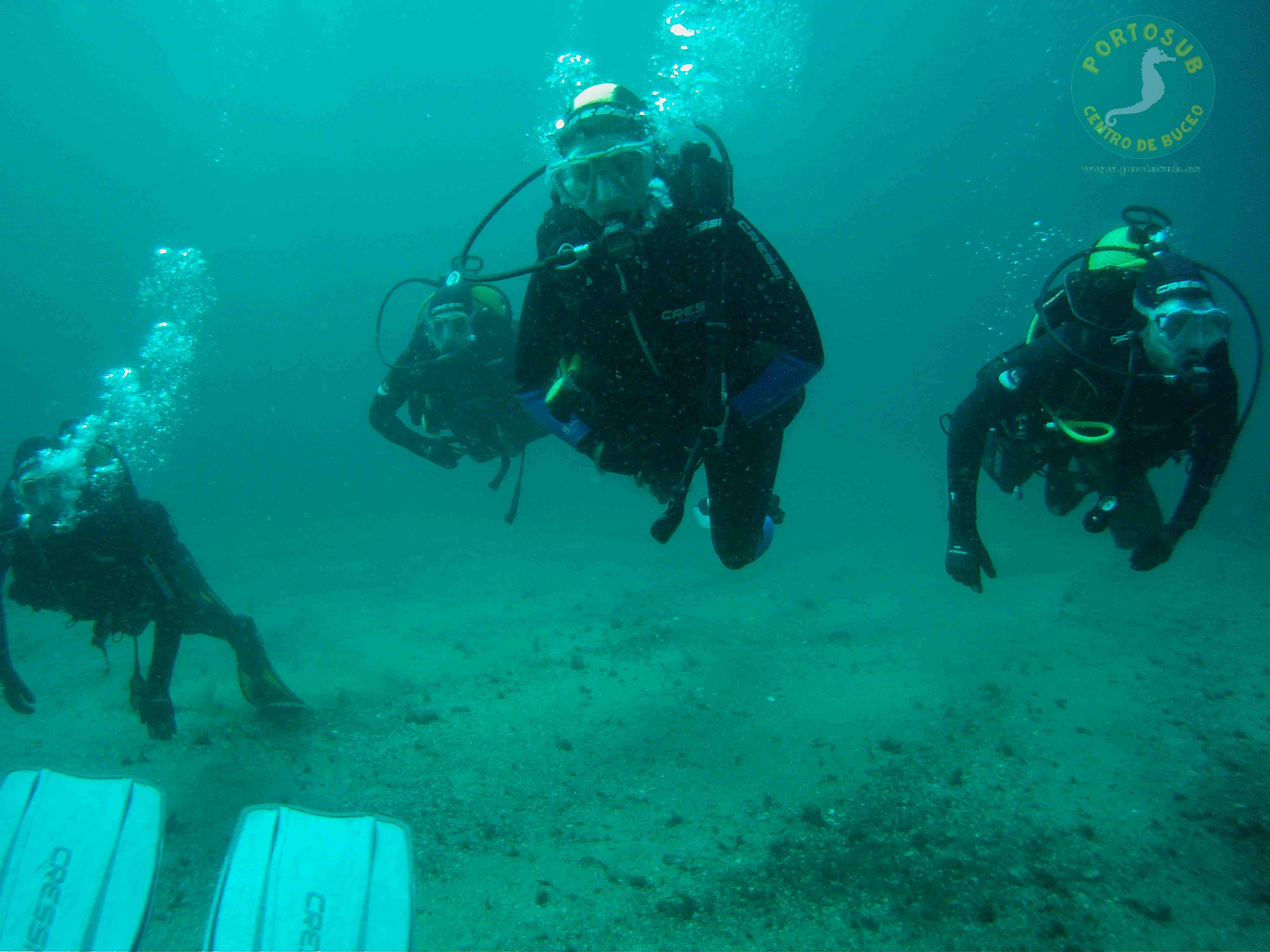 Reserva online alojamiento para submarinistas